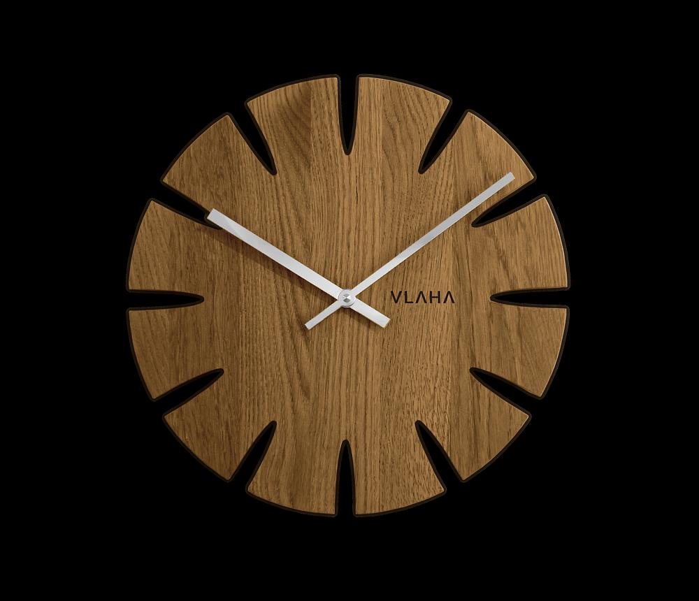 VLAHA Dubové hodiny VLAHA vyrobené v Čechách se stříbrnými ručkami VCT1014