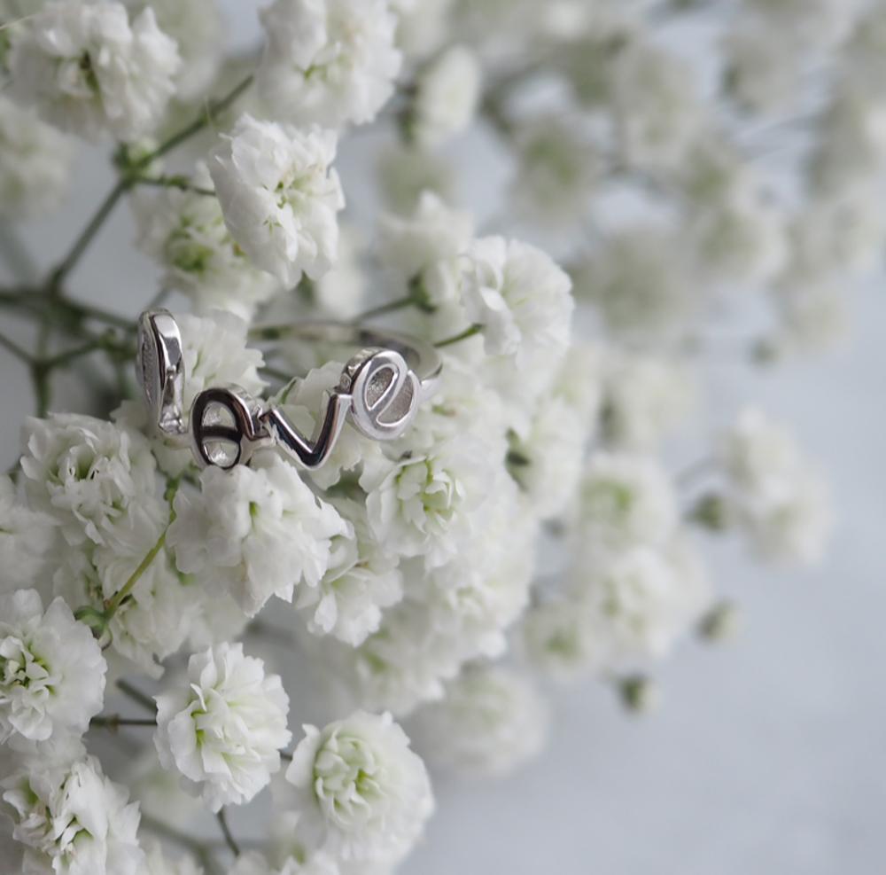 Stříbrný prsten MINET LOVE vel. 51