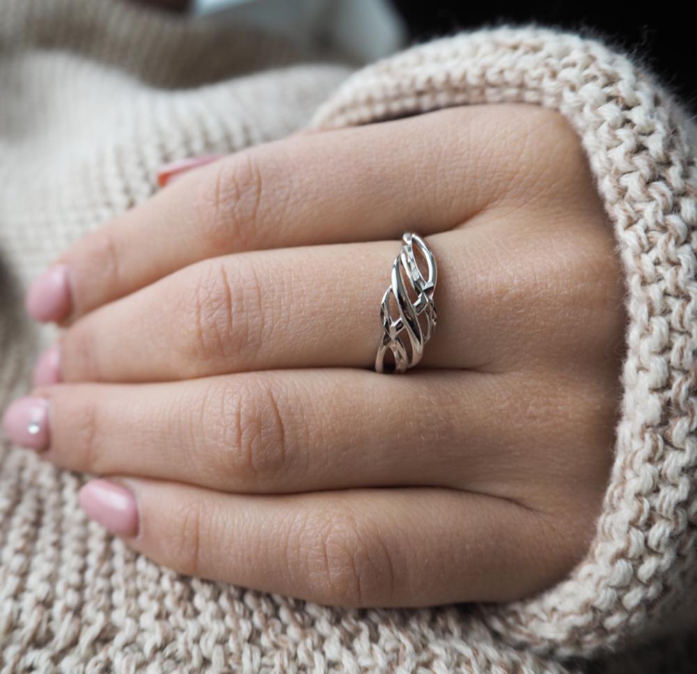 Broušený stříbrný prsten MINET vel. 54