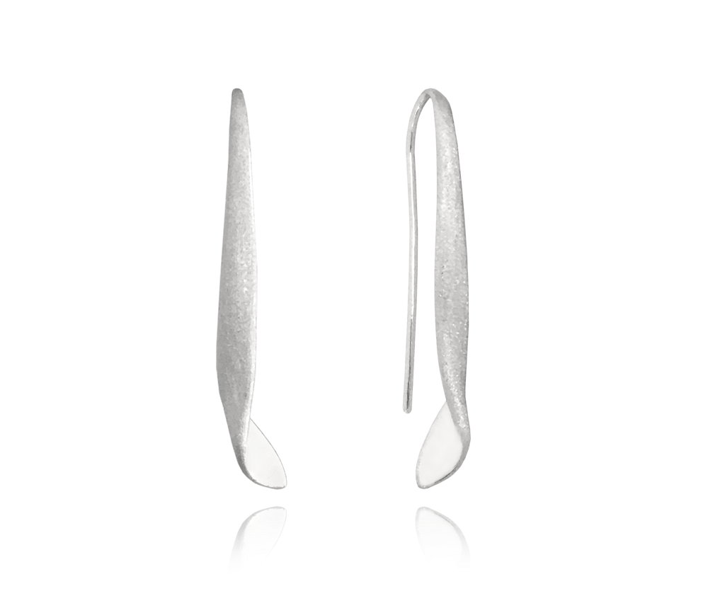 Matné kroucené stříbrné náušnice MINET